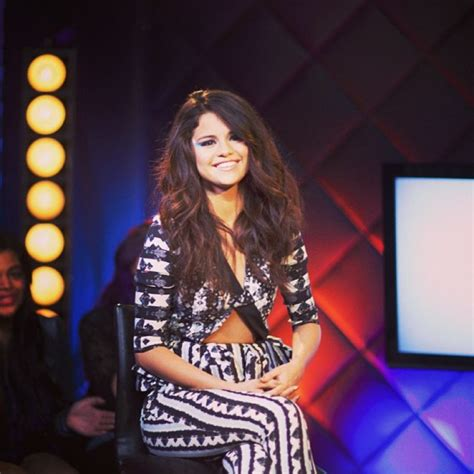 Selena Gomez   Twitter, Instagram and Personal Photos ...