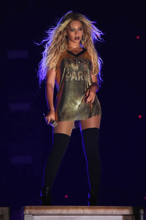 Serena Williams and Jay Z join Beyoncé on stage for final ...
