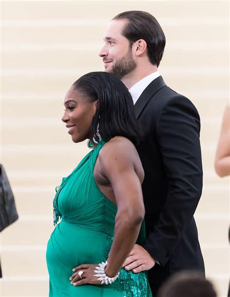 Serena Williams debuta su embarazo en la gala del Met