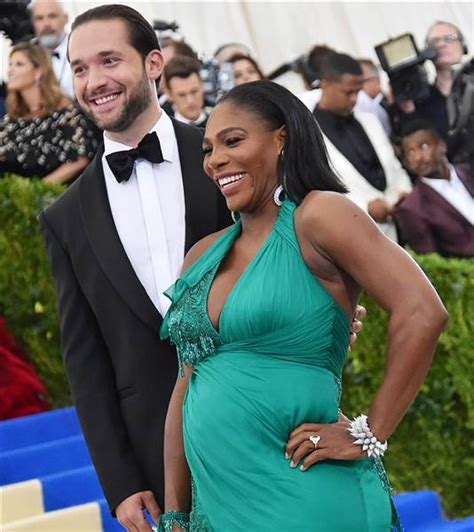 Serena Williams' fiance gets dad advice from Reddit, duh ...