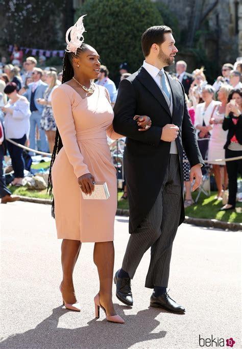 Serena Williams junto a su marido en la boda del Príncipe ...