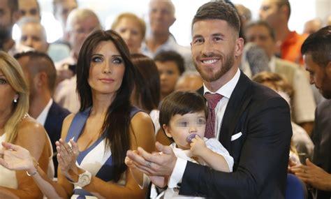 Sergio Ramos, acto de renovación en familia - Informalia.es