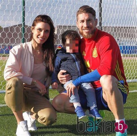 Sergio Ramos recibe la visita de Pilar Rubio y su hijo ...