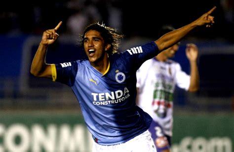 Serie A: Cruzeiro toma la punta en el Campeonato Brasileño ...