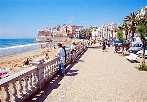#Serrallers Cerrajeros en #Sitges, Barcelona province ...