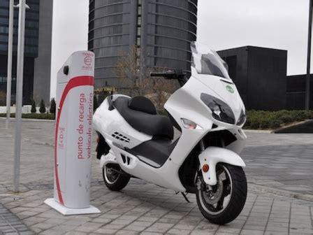 Servicio de alquiler de moto eléctrica en Murcia   Motos ...