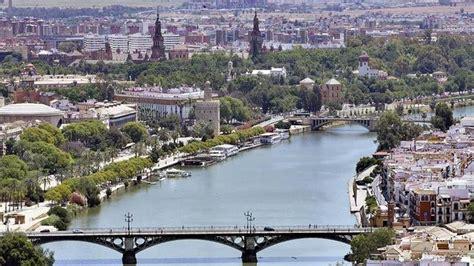 Sevilla, desde la Torre Pelli   abcdesevilla.es