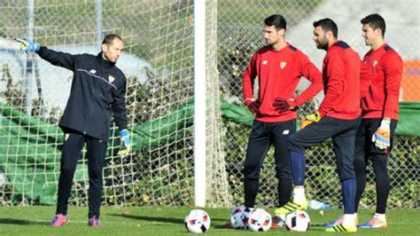Sevilla: Javi García, entrenador de porteros, pone fin a ...