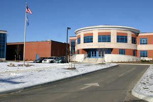 Seymour High School (Connecticut) - Wikiwand