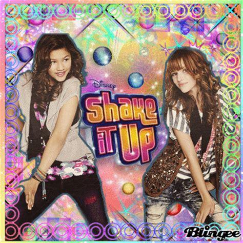 Shake It Up, biografía e imágenes de Shake It Up. Biography.