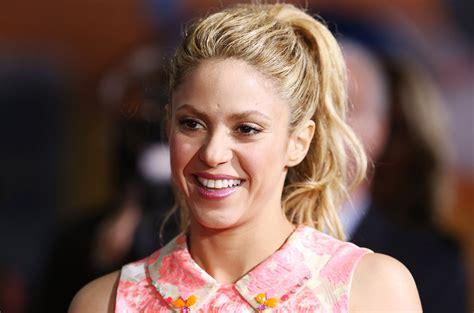 Shakira Announces New Single  Chantaje  Feat. Maluma ...