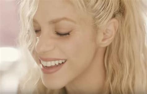 Shakira lanza el video de su tema  Me enamoré    Música ...