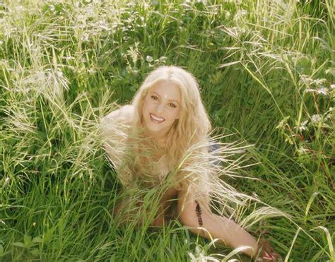 Shakira   Me Enamore  videoclip nou