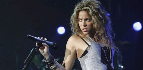 Shakira Tour Dates & Concert Tickets 2018