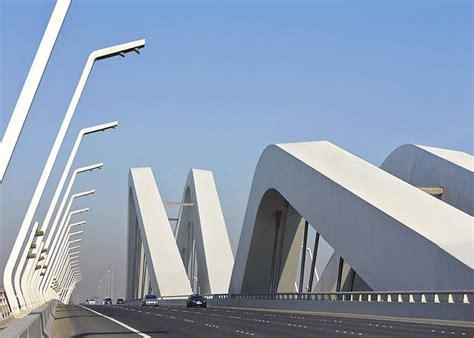Sheikh Zayed Bridge by Zaha Hadid – wordlessTech