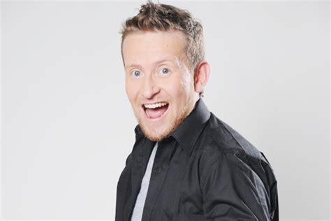 Show de humor con Chester de Sábados Felices La Crónica ...
