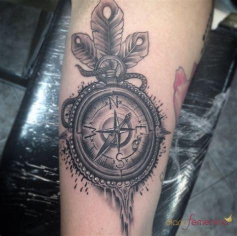 Significado de tatuajes con brújulas: la buena suerte