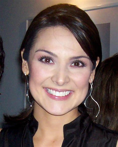 Silvia Corzo - Wikipedia