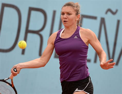 Simona Halep cruises into third round at Wuhan Open ...