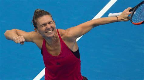 Simona Halep, la tenista que se operó los pechos para ser ...