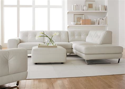 Simple Modern Minimalist Living Room Decoration With White ...