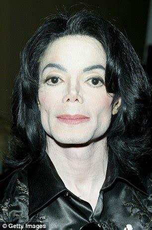 Sin cirugías, así luciría Michael Jackson en la actualidad