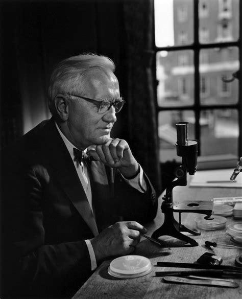 Sir Alexander Fleming – Yousuf Karsh