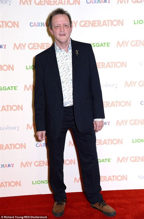 Sir Paul McCartney, 75, steps out with lookalike grandson ...