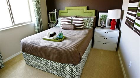 Small Bedroom with a Double Bed Decorating Ideas - YouTube