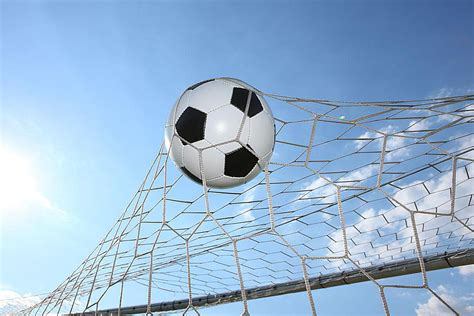 Soccer Glossary - a Dictionary of Soccer Terms