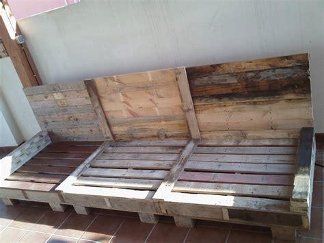 sofa exterior palets | Hacer bricolaje es facilisimo.com