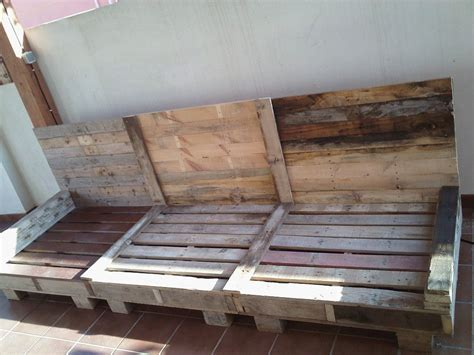 sofa exterior palets | Pallets, Pallet furniture and White ...