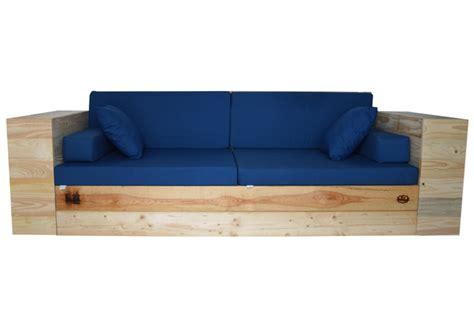Sofa Palet Rústico con Brazos y Cojines