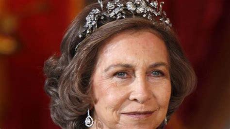Sofía de España, la reina triste... Y engañada