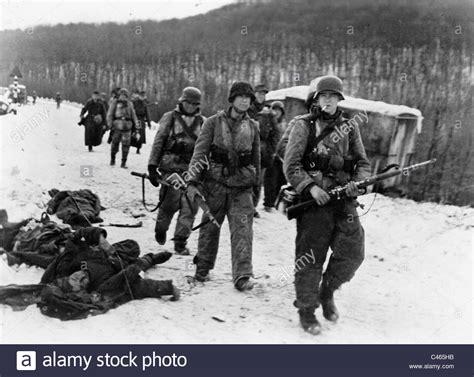 Soldaten der Waffen-SS Kämpfe in Ungarn, 1944 Stockfoto ...