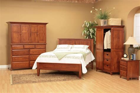 Solid Wood Bedroom Furniture Sets Which Have A Good ...