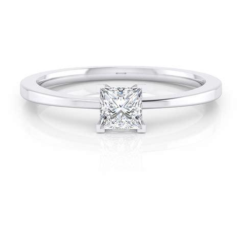 Solitario de compromiso de 18k con diamante talla princesa ...