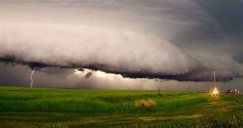 Some scientists think extreme weather events connected to ...