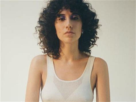 SONG OF THE DAY:  Keep Running  by Tei Shi   Baeble Music