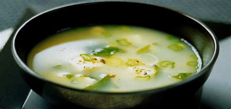 Sopa de miso para alcalinizar y depurar el organismo