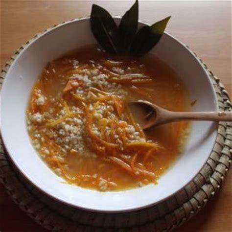 Sopa de zanahoria y avena – Santosa Yoga