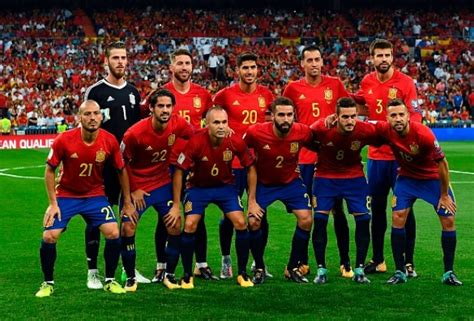 Spain Announce Squad For Final World Cup Qualifiers, Snub ...