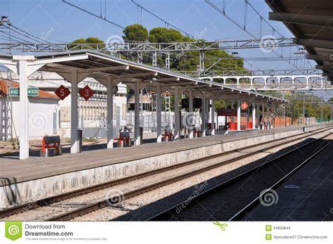 Spanish Train Station Editorial Stock Image   Image: 34900844