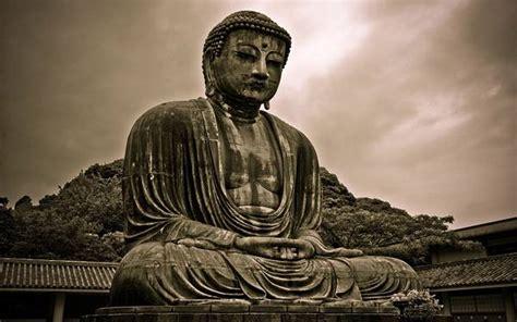 無料壁紙:仏像を撮影した美しい写真画像まとめ(座禅・黄金・寺)