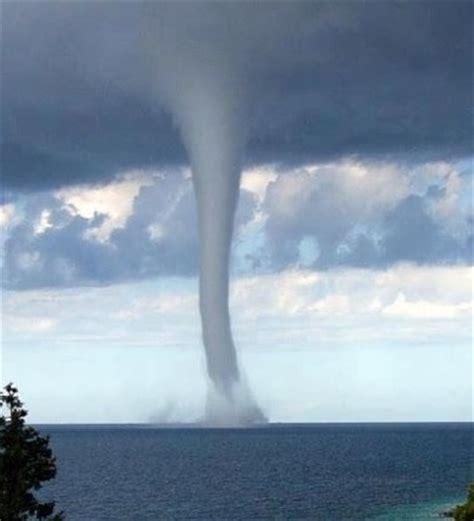 【TABLAS PORTUARIAS】Conoce la predicción del viento y las olas