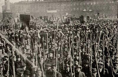 Stalin sobre la Revolución de Octubre    textos tomados ...