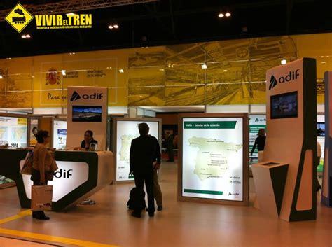 Stand de Renfe y Adif en Fitur 2013 : Vivir el Tren ...