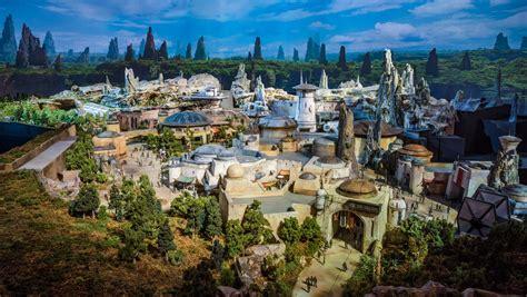 Star Wars Land Model Photos & Video   Disney Tourist Blog