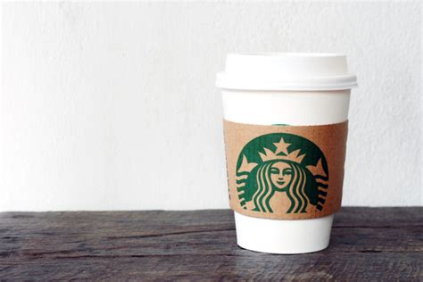 Starbucks to deliver food and coffee in 2015: Howard ...