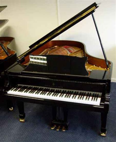 Steinway Grand & Upright Prices | Roberts Pianos